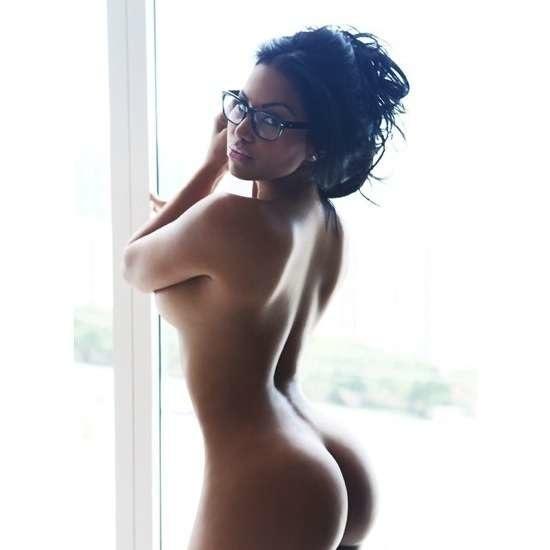 naine (30)